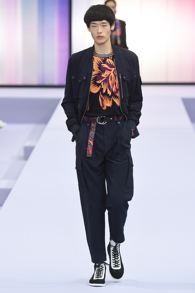 Paul Smith Spring 2018 Ready-to-Wear - Look #23