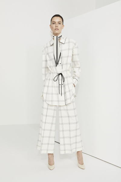 Piazza Sempione Resort 2018 - Look #1