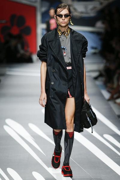 Prada Spring 2018 Ready-to-Wear - Look #14