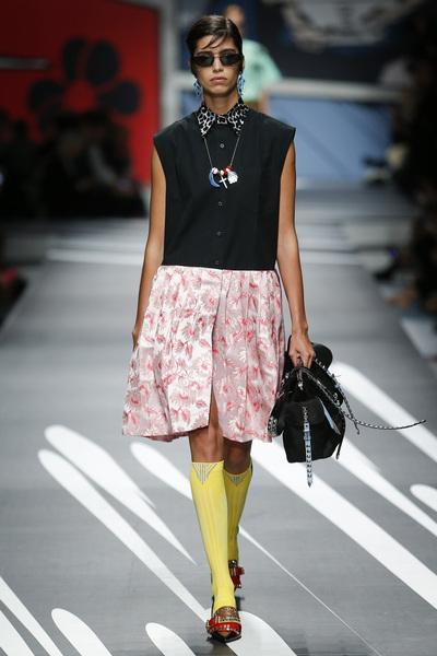 Prada Spring 2018 Ready-to-Wear - Look #27