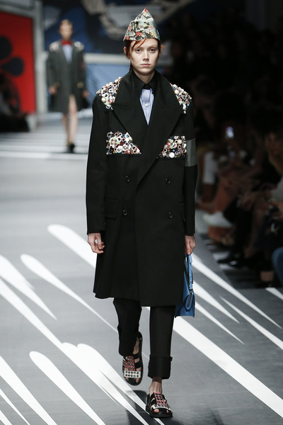 Prada Spring 2018 Ready-to-Wear - Look #51