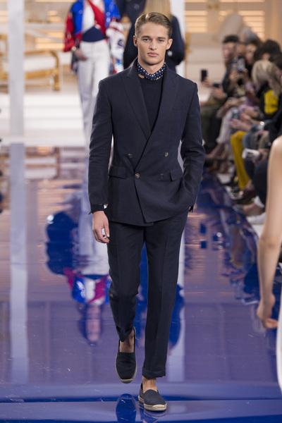 Ralph Lauren Spring 2018 Ready-to-Wear - Look #18