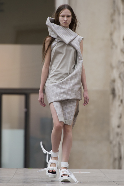 Rick Owens Spring 2018 Ready-to-Wear - Look #10