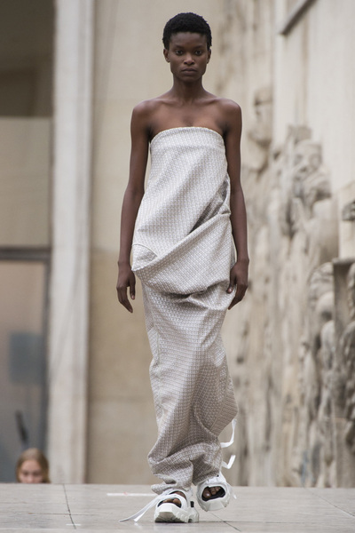 Rick Owens Spring 2018 Ready-to-Wear - Look #11