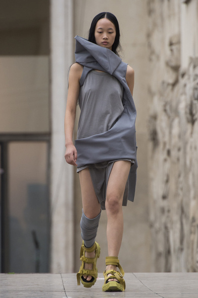 Rick Owens Spring 2018 Ready-to-Wear - Look #13