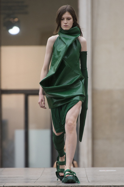 Rick Owens Spring 2018 Ready-to-Wear - Look #19