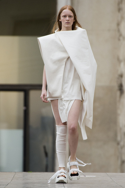 Rick Owens Spring 2018 Ready-to-Wear - Look #2