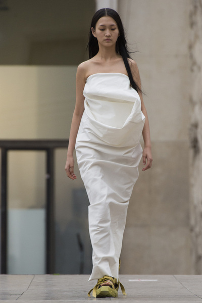 Rick Owens Spring 2018 Ready-to-Wear - Look #20