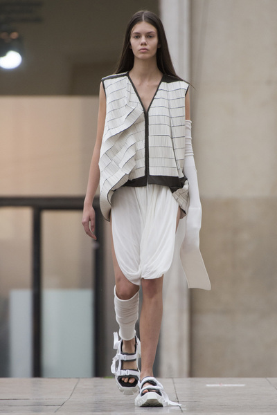 Rick Owens Spring 2018 Ready-to-Wear - Look #27