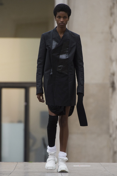 Rick Owens Spring 2018 Ready-to-Wear - Look #29
