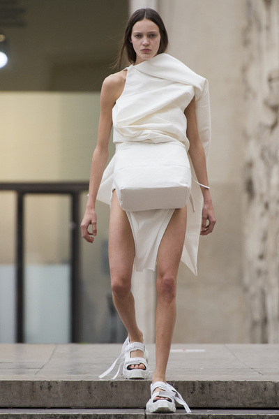 Rick Owens Spring 2018 Ready-to-Wear - Look #5