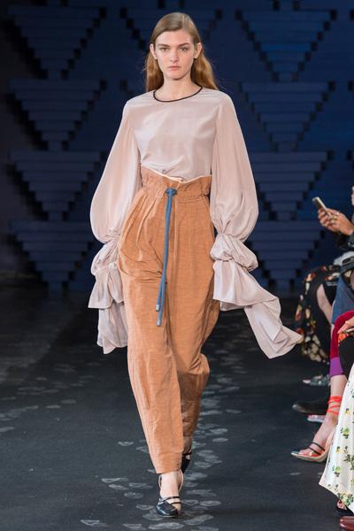 Roksanda Spring 2018 Ready-to-Wear - Look #17