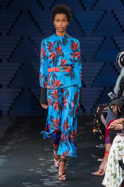 Roksanda Spring 2018 Ready-to-Wear - Look #25