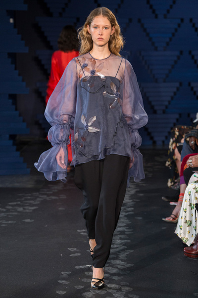 Roksanda Spring 2018 Ready-to-Wear - Look #32