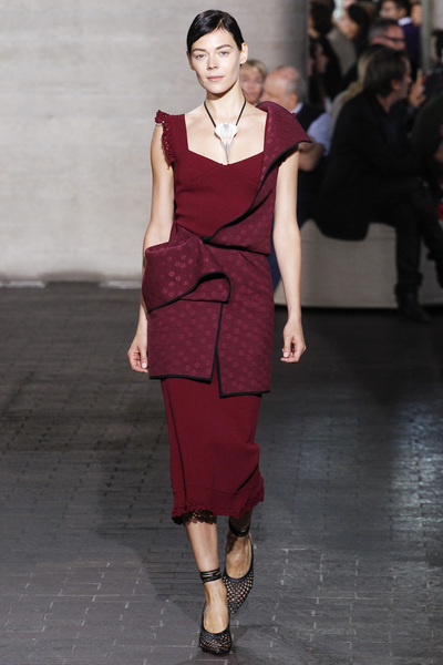 Roland Mouret Spring 2018 Ready-to-Wear - Look #9