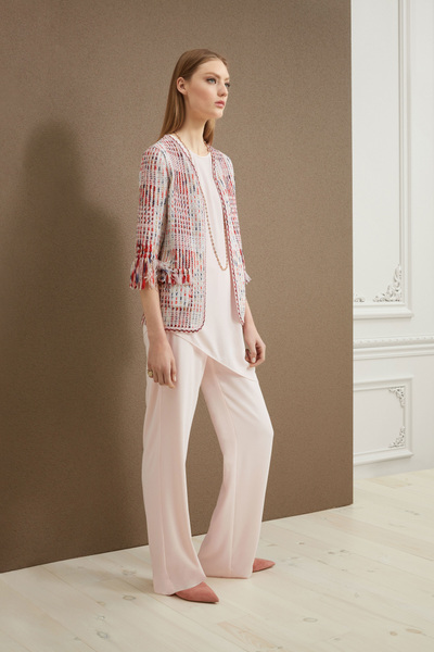 St. John Resort 2018 - Look #1