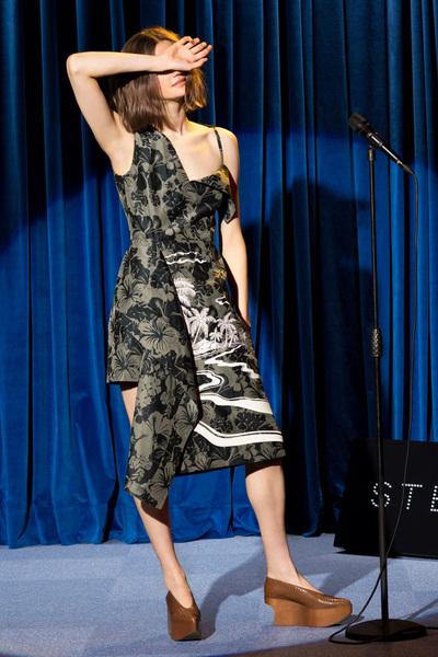 Stella McCartney Resort 2018 - Look #17