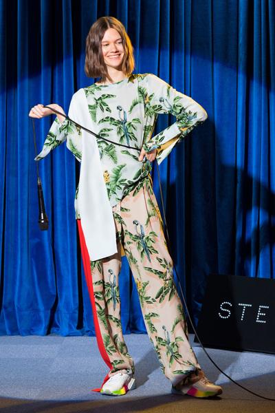 Stella McCartney Resort 2018 - Look #4