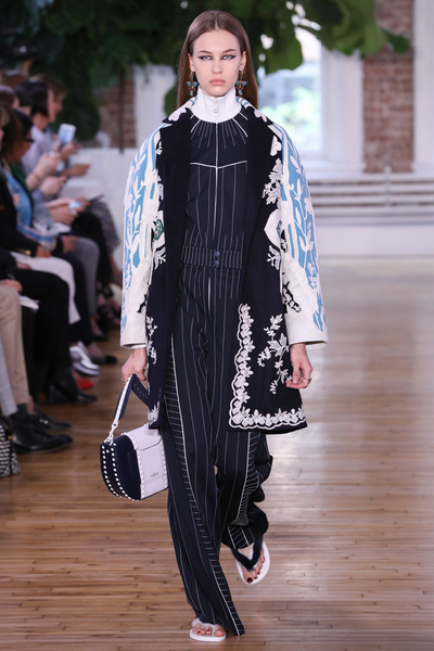 Valentino Resort 2018 - Look #5