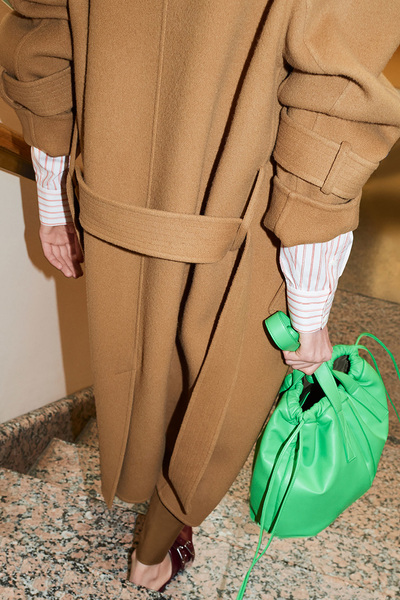 Victoria Beckham Resort 2018 - Look #3