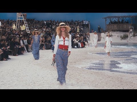 The Spring-Summer 2019 Ready-to-Wear Show — CHANEL video cover