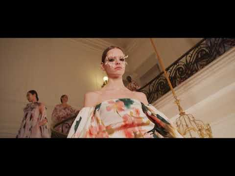 BACKSTAGE | VALENTINO HAUTE COUTURE SPRING/SUMMER 2019 video cover