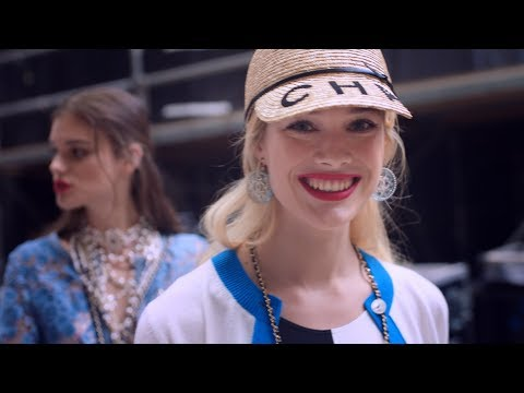 A day at the Beach — Spring-Summer 2019 CHANEL show video cover