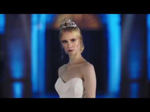 Versace and Swarovski Tiara for the Vienna Opera Ball video cover