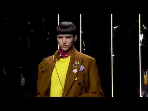 Versace Fall Winter 2019 Men's Fashion Show video cover