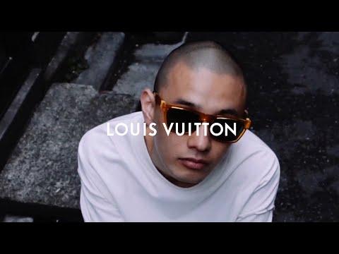 Louis Vuitton Men's Sunglasses 2019 video cover